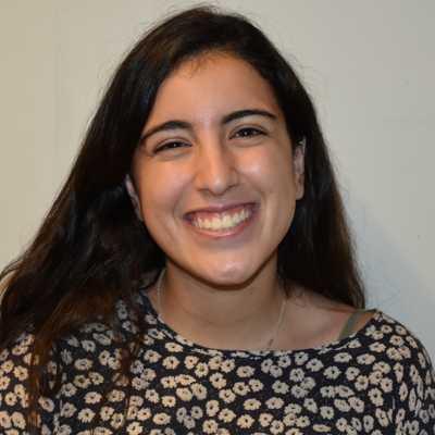 Headshot of Lizzie Youshaei